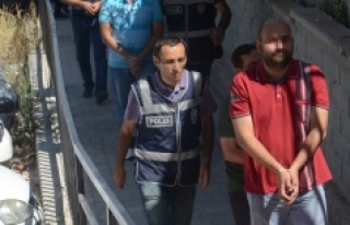FETÖ Soruşturmasında Gözaltına Alınan 32 Emniyet...