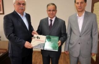 Haşim Şahin'den Vali Süleyman Tapsız'a Nezaket...