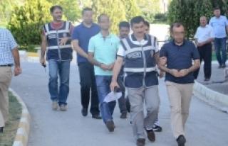 Karaman'da Gözaltına Alınan Üç Hakimden İkisi...