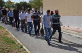 Karaman'daki FETÖ operasyonuna 2 tutuklama