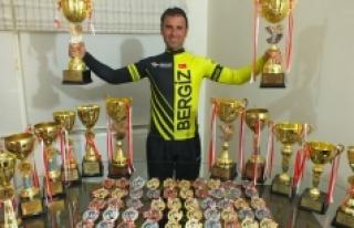 Karamanlı Bisikletçiler Madalyaya Doymuyor