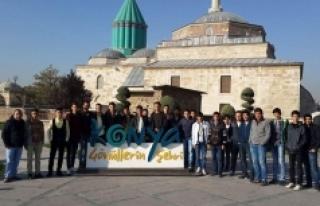 Gençlik Merkezi Üyeleri Konya'yı Gezdi