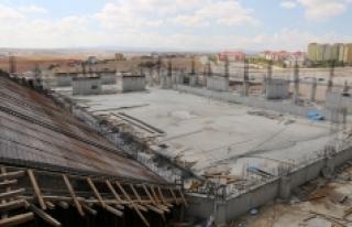 Karaman'da 3 Bin Kişilik Spor Salonu Çalışmaları...