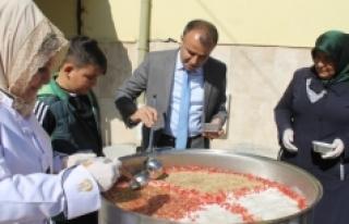 Sultanoğlu, Karamanoğlu Mehmet Bey İlkokulu Öğrencileri...