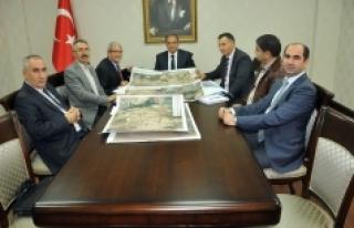 TCDD adana 6. Bölge Müdürü Çopur'dan Vali Tapsız'a...