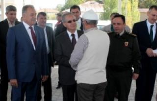Vali Tapsız'dan Sudurağı Beldesine Ziyaret