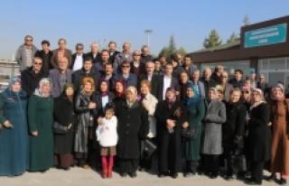 AK Partililer Belediyenin Yatırımlarını Gezdi