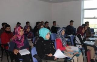 Genç Gönüllülere Afet Bilinci Eğitimi Verildi
