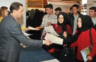 KMÜ, Konya'da Üniversite Tanıtım Fuarına Katıldı