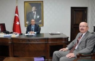 Belediye Başkanı Hayri Samur'dan Vali Tapsız'a...