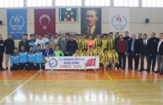 Gençler Futsal Müsabakaları Sona Erdi