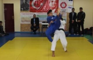 Gençler Judo İl Birinciliği Müsabakaları Sona...