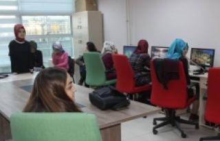 Gençlerden Bilgisayar Eğitimlerine Yoğun İlgi
