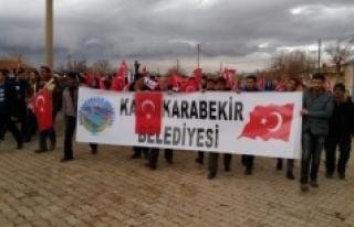 Kâzımkarabekir'de Şehitlere Saygı Yürüyüşü...