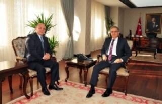 Vali Tapsız Karapınar Kaymakamı Karaca'yı Kabul...