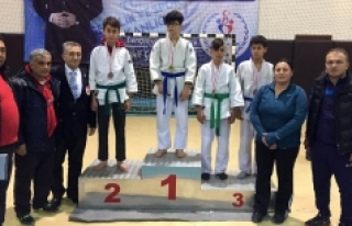 Karaman Judo Yarı Finalde