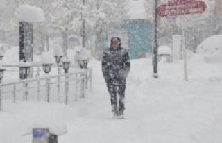 Karaman'da Bugün Hafif Kar Yağışı,Yarın Sis...