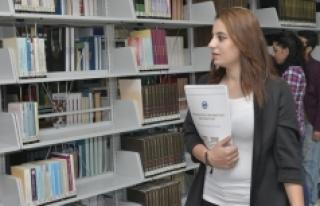 KMÜ Kütüphanesinden 2016 Yılında 18 Bin 833 Kitap...