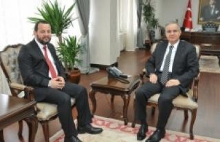 KMÜ Rektörü Akgül'den Vali Tapsız'a...