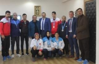 En Sessiz Şampiyonada Karaman'ın Sesi Oldular
