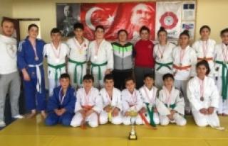 Judo İl Birinciliği Müsabakaları Sona Erdi