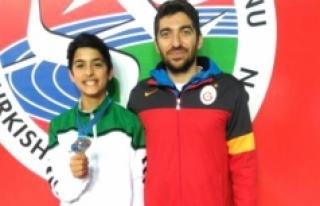 Karamanlı Atletler Madalyasız Dönmüyor