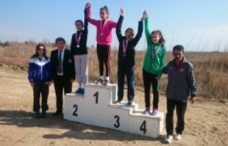 Karamanlı Genç Atlet Türkiye Finallerinde