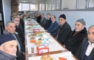 Vali Tapsız Larende Mahallesi Muhtarlığı İle...