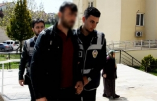 Karaman'da Kaçak Silah Ticareti Yapan Bir Kişi...