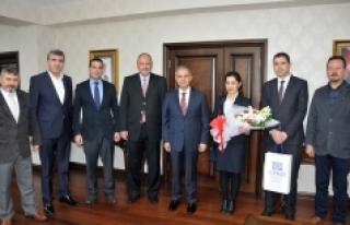 Turizimcilerden Vali Tapsız'a Ziyaret