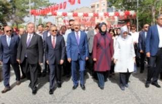 740. Türk Dil Bayramı Ve Yunus Emre'yi Anma Etkinlikleri...