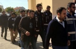 Karaman'da FETÖ'nün Emniyet İmamı 9 Kişi...