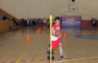 Karaman'da Yaz Spor Okulları Antrenmanları Keyifli...
