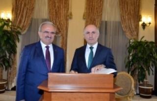 Vali Meral'den Antalya Valisi Karaloğlu'na Ziyaret