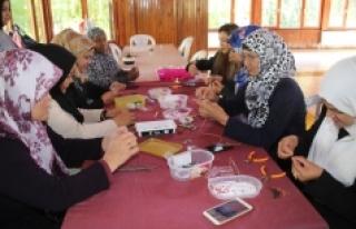 Belediyeden Mültecilere El Sanatları Kursu