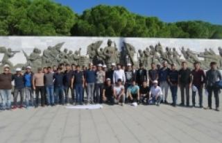 Öğrenciler Şehitler Diyarını Gezdi