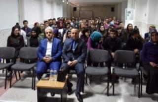 Yedi Okulda Yedi Kariyer Sahibi Şahsiyet, Öğrencilere...