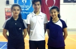 Karamanlı Badmintonculara Milli Görev