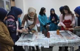 Öğrencilerden Karaman Gençlik Merkezine Ziyaret