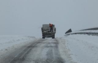 Karaman Belediyesi'nden Kar Yağışı Uyarısı