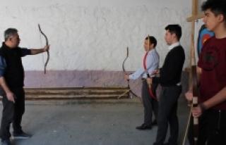 Karaman'da Geleneksel Türk Okçuluğu Eğitimleri...