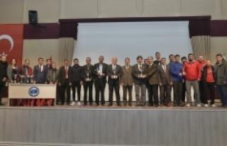 KMÜ Birimler Arası Spor Müsabakaları Ödül Töreni