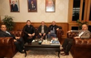 Karamanlılardan Bağcılar Belediye Başkanı Çağırıcı'ya...