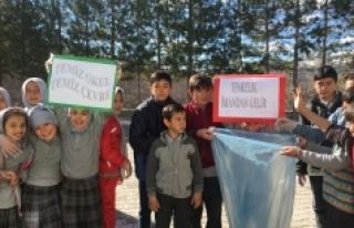 Karaman'da Bahar Temizliği Okullardan Başladı