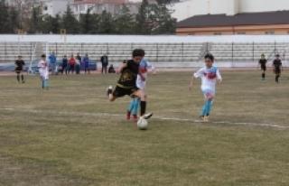 Okullar Arası Küçükler Futbol Müsabakaları Sona...