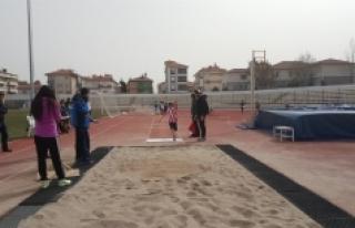 Okullar Arası Küçükler Puanlı Atletizm Yarışları...