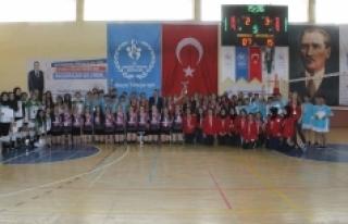 Okullar Arası Voleybol Müsabakaları Sona Erdi