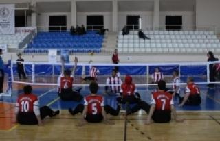 Oturarak Voleybol 1.Lig 2. Etap Müsabakaları Karaman'da...