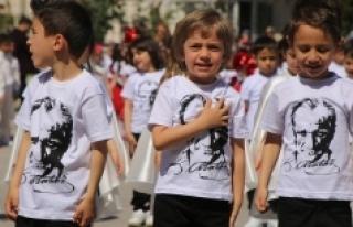 Karaman'ın Her Köşesinde 23 Nisan Coşkusu Vardı