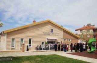 Osmangazi Hanımlar Lokali'nden Sergi Açılışı